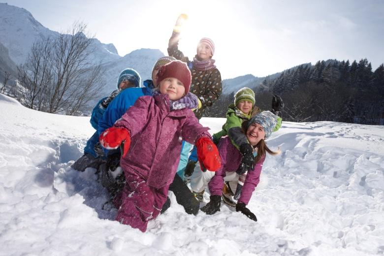 Kinderbetreuung im Winter, Familienferien Hotel Lagant, Vorarlberg