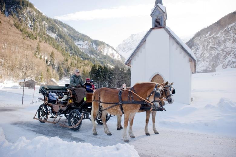 Kutschenfahrt im Winterurlaub, Familienferien im Hotel Lagant
