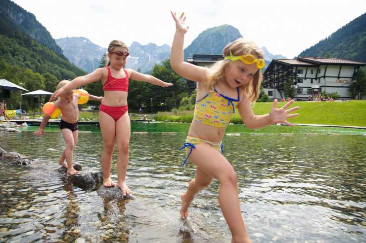 Badeurlaub in Vorarlberg, Brand