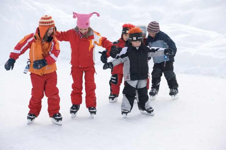 Eislaufen, Winterurlaub, Familienferien in Österreich