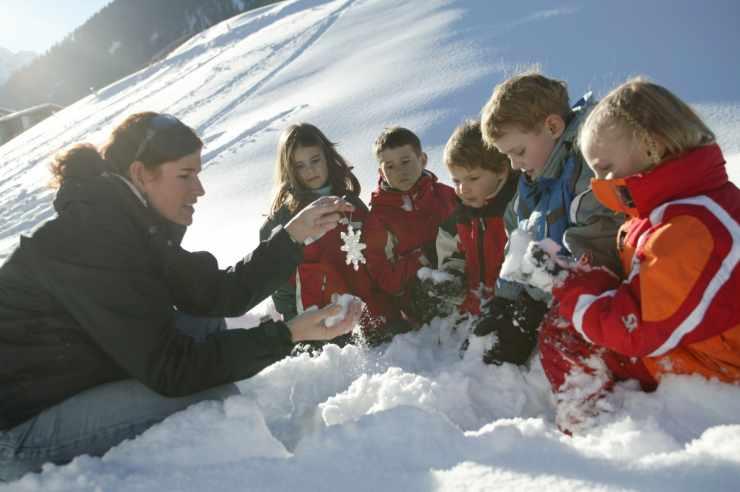 Kinderbetreuung im Winterurlaub, Familienhotel Lagant