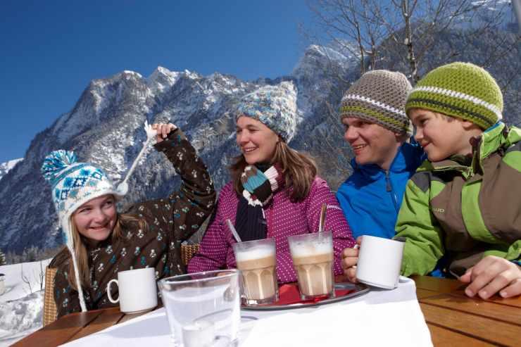 Familienurlaub im Winter, Familienhotel Lagant