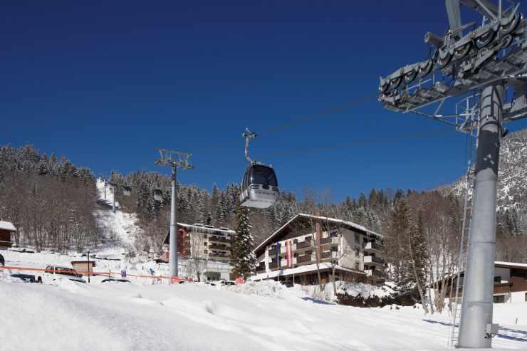Skiurlaub im Familienhotel an der Skipiste, Vorarlberg