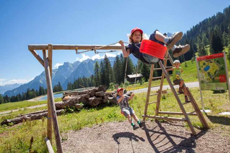 Naturspielplatz beim Kinderhotel Lagant