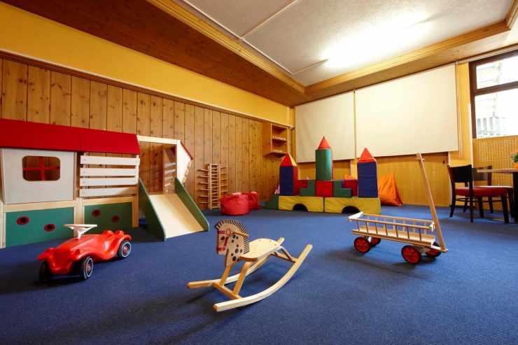 Freispielzimmer, Kinderhotel Lagant, Brand