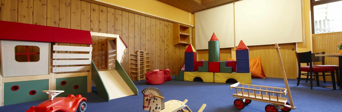 Kinderhotel mit Kinderbetreuung, Familienhotel Lagant, Brand