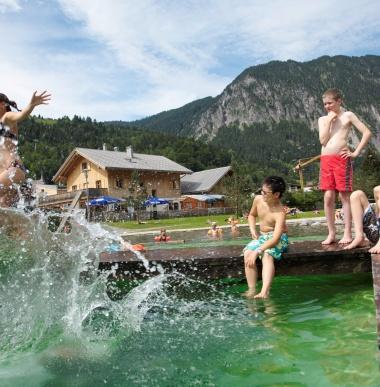 Badeurlaub in Vorarlberg, Familien-Badeurlaub, Baden in Österreich