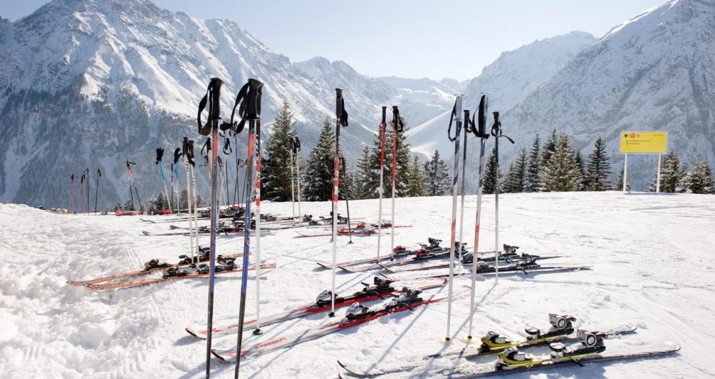 Winterurlaub im Familienhotel, mitten im Skigebiet Brandnertal