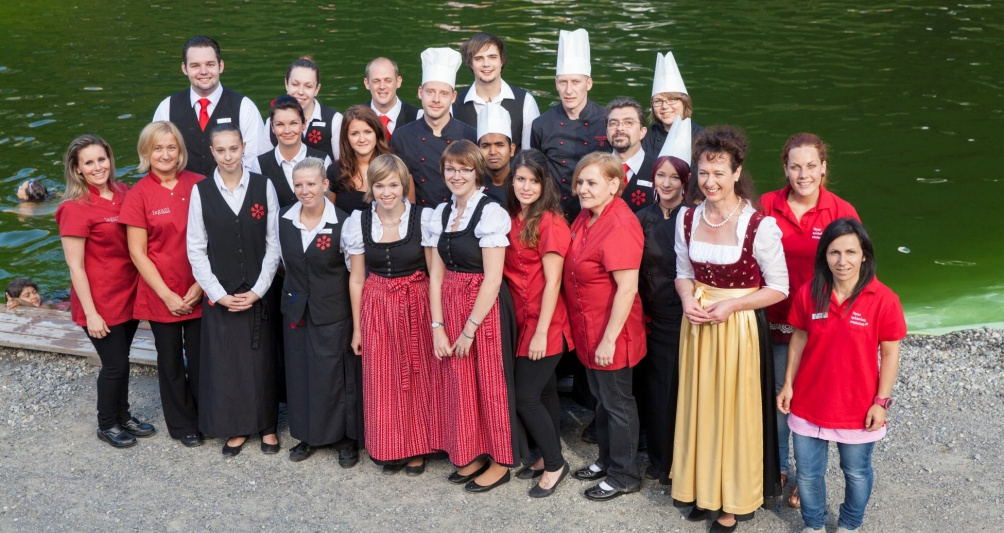 Das Familienhotel Lagant Team am Badesee