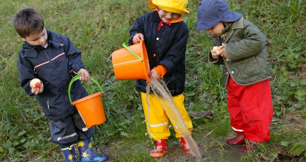 Regenwetter Programm Familienurlaub Brand