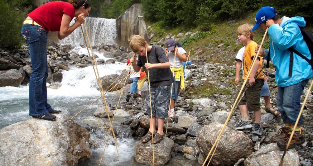 Kostenloser Ferienworkshop, Forscherwoche im Familienhotel Lagant, Brand, Vorarlberg, Österreich